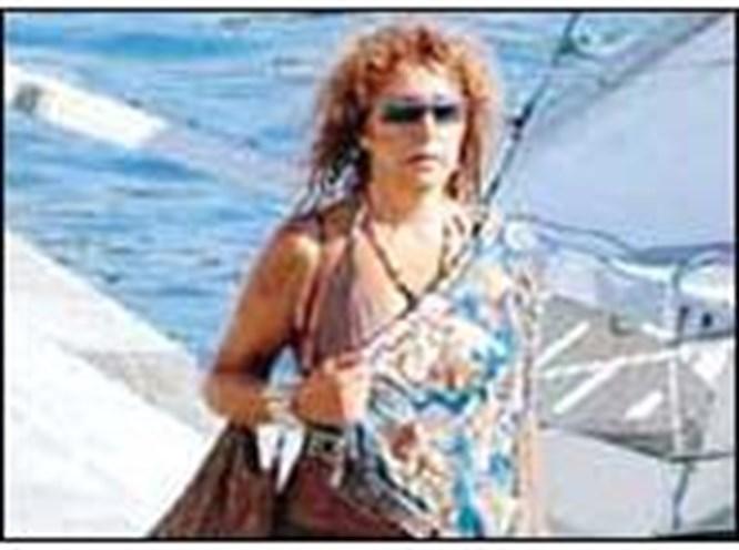 Tecimer Yunanistan'da geziyor